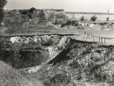 Hauptbraunkohlenflöz und Obere Sande und Tone (Cligozän) unter Geschiebelehm und Löß